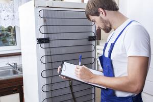 Холодильник: виды поломок, кому доверить ремонт